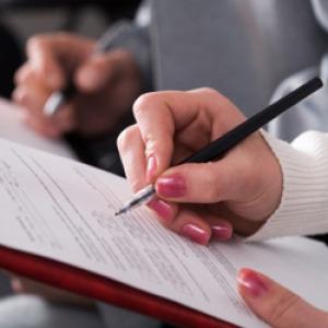 Ombudsman: a hallgatói szerződés még mindig alapjogokat sért