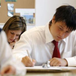 Az emelt szintű érettségi a biztos belépő a felsőoktatásba